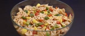 Nudelsalat mit Paprika und Chorizo