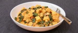 Süßkartoffelcurry mit Mangold und Kichererbsen