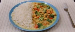 Tofu-Gemüse-Curry mit Reis